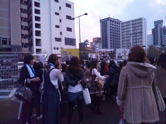 キムヒョンジュンのコンサートへ。